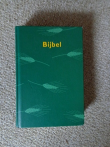 Bijbelvertaling 1951 in opdracht van het Nederlands Bijbelgenootschap bewerkt door de daartoe benoemde commissies; NBG en Vlaams Bijbelgenootschap uitgave 1996